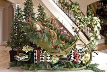 Christmas decor / by Laura Orlando