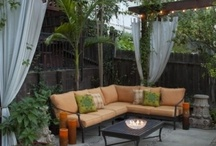 Backyards and Lanais / by Tᗩᖇᗩ GEᑎᔕIᑎGEᖇ