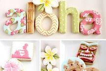 Cookie and Cupcake Designs / by Alexa Dimakos