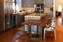 Universal Design Kitchens: serving it up at all levels / Putting work & eating spaces at all levels in the kitchen leaves no one out of the process, now and in the future of your home.