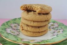 Bake cookies / by Cate Brickell | Blogger