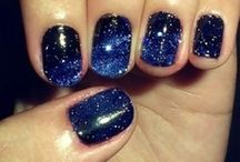Nail Designs I Can't Do / by Shelby Lippert
