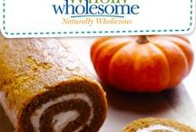 National Dessert Month with Wholly Wholesome / As the leaves change and the temperature drops this October, cozy up with these delicious #NationalDessertMonth recipes using Wholly Wholesome's ready-to-bake pie shells and pie crusts!