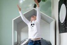 Bedhuisje / Fun, Sleep and Play  Bedhuisje.nl is een hersenspinsel van Mignon van de Bunt, ontwerpster, stylist en eigenaresse van de Lifestyle & Interieur winkel Authentique Mignon en interieuradviesbureau Studio AM.  Basis voor de meubellijn is het huisje dat je op verschillende manieren kunt toepassen.  Het huisje kan met je kinderen meegroeien, stimuleert de fantasie en zorgt voor uren speelplezier!