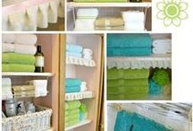 Organized Bathroom / Get your bathroom organized with these bathroom organizing tips & tricks!