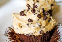 Food-Everything Cupcake!