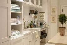 Laundry room idea board / Laundry room decor and organization