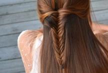 Hairstyles I love / by Kayla Dealba