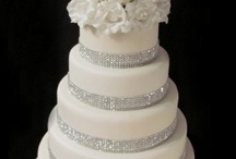 Cakes - Wedding & Shower / by Nicolle Baughman