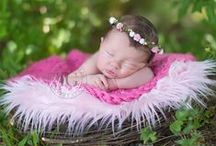 Inspiration: Outdoor Newborns / Sweet smiles, cute little nose, precious eyes, and tiny toes! Here are creative outdoor poses Tracy Gabbard   tracy@tracygabbard.com   727-491-6476   TAMPA BAY