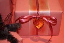 GIFT IDEAS & WRAPPING / Ideas and materials to create beautifully wrapped gifts.