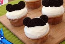 * Cupcakes * / by Bonnie Stauber Deaton