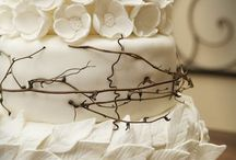 Let them eat cake! / With two wedding cakes to make this summer, I have to find inspiration and new techniques.  / by Paige D'Agostino