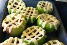 Apples / Apple recipes! Yum!  - candleinthenight.com