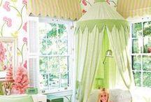 TinyTot Spaces:) / Kid bedrooms, kid bedroom ideas, kid bedroom decor, DIY kid bedrooms, kid organization ideas, organization tips and tricks, kid bedroom inspiration.
