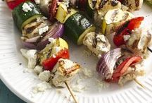 Fire up the G R I L L / Summer grilling recipes, recipe ideas, grilling recipes, healthy eating hacks, outdoor entertainment, outdoor cooking ideas, easy grilling recipes.