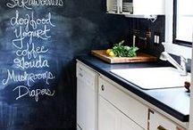 OrganizedKitchen / Kitchen organization, kitchen tips and tricks, DIY organization, organization hacks, kitchen, kitchen inspiration.