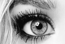Make-up & nails / by Kinzie Jensen