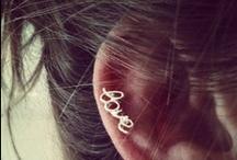 earrings / by Nḭ̃c̰̃õ̰l̰̃ḛ̃