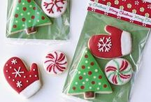 Christmas / Inspired Housewife - Merry Christmas - crafts, recipes, cards, gifts, decorations, diy, trees, and traditions.