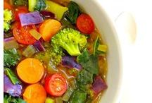 Spectacular Soups & Stews / Inspired Housewife - Soups sometimes hit the spot.  Find healthy soup recipes from tomato, potato, vegetable and more.
