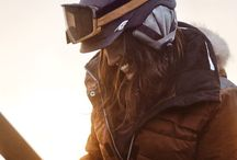 Skiwear / Fashionable, sport-friendly skiwear. Look good and feel good on the slopes.