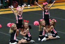 Little and loud / Mini cheer