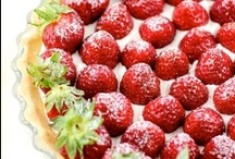 Pies and Tarts / by Nikki Rappaport