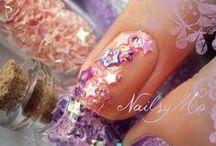 Nails I Heart / by Teresa Downey