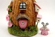 Miniature Mouse Houses / Miniatures