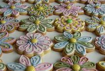 Cookies, Cakes & Cupcakes / Decorated cookies and cupcakes. And a few cakes thrown in for good measure. / by Katie Richman