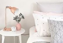 Bedroom Decor / Decor inspiration and ideas for the bedroom. Big bright spaces and cosy homey rooms.  Soft bedding, great colours and cute touches to finish off a room.