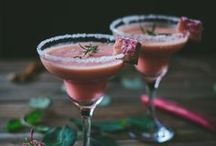 drinks and treats! / yummy! :) / by Rochelle Ladick
