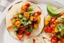 Recipes: To try / Yummy recipes I'd like to try! / by Gemblina Tii