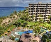 """Kaanapali Alii Resort / Kaanapali Alii Maui luxury condos for rent! One of the most PHENOMENAL Maui luxury rental properties on the island. The Kaanapali Alii is one of our most highly sought after prestigious West Maui beachfront resorts.   The """"Alii"""" as it is sometimes simply referred to means, """"royalty."""" Once you stay at the Kaanapali Ali'i you will know why. The property was built on PRIME beachfront Maui land and rests directly on the famous beach called """"Kaanapali Beach."""