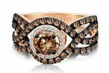Sweetness / Travel into the world of #precious #stones #brown #diamond