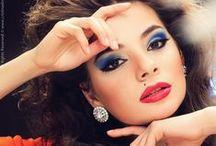A glance at my portofolio / http://issuu.com/crisyjoanna/docs/cristinadirnea_portofoliob