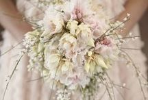 Wedding flowers / flowers for the wedding day, boutonniere, bouquet