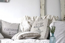 Dreamy Home Decor / by Louie White