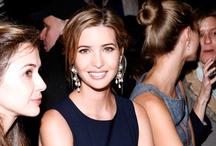 Behind the scene NYFW / El New York Fashion Week no sólo se caracteriza por lo fashion de sus pasarelas. Los asistentes también ponen su cuota de glamour.