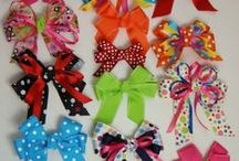Bows / I can't make a bow if my life depended on it.  / by Toni Swindell