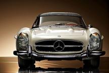 Classic cars / Fabricados entre 1950 y 1989 / by Bartolomé Borrego Zabala