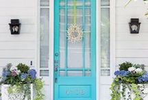 Pretty Front Doors. / A collection of pretty front doors and entryways.