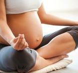 Pregnancy Yoga / Pregnancy, Prenatal, Postnatal, Birth & Breastfeeding Yoga