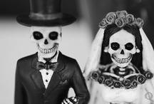 Halloween/Day of the Dead / by Kirsten Supnet