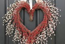 Wreaths / by Lise Sue Wachtman Delawder