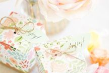 Gift wrapping  / Creative ways to present presents