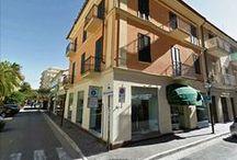 I nostri punti vendita / Omero è uno storico negozio di abbigliamento Uomo/Donna multi-brand, calzature ed accessori, presente da oltre 80 anni a San Benedetto del Tronto e Grottammare. Tel. 0735.584208 - mail cuprensa.srl@gmail.com