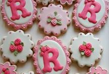 Beautiful Cookies / Beautifully decorated cookies.  Decorating inspiration. / by Carrie Bercic
