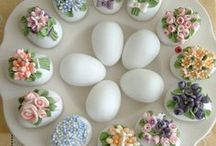 Easter / Easter recipes, decorating ideas, & crafts. / by Carrie Bercic